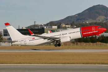 LN-NHD - Norwegian Air Shuttle Boeing 737-800