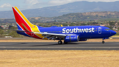 N447WN - Southwest Airlines Boeing 737-700