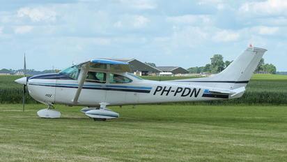 PH-PDN - Private Cessna 182 Skylane (all models except RG)