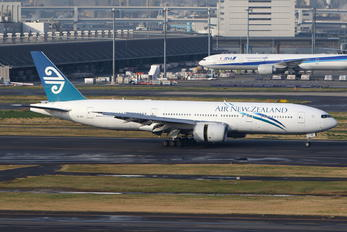 ZK-OKF - Air New Zealand Boeing 777-200ER