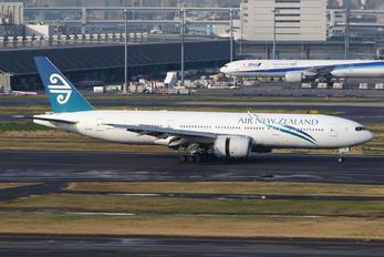 ZK-OKF - Air New Zealand Boeing 777-200ER