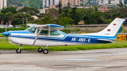 HK-4965-G - Private Cessna 182 Skylane RG