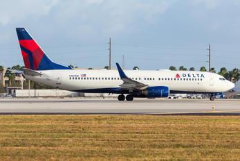 N383DN - Delta Air Lines Boeing 737-800