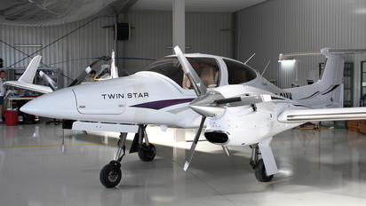 SP-OMK - Private Diamond DA 42 Twin Star
