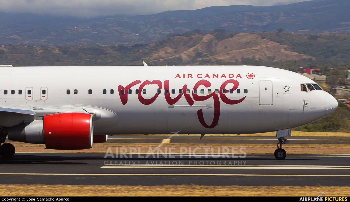 Air Canada Rouge C-FMWV aircraft at San Jose - Juan Santamaría Intl