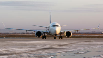 SP-LVB - LOT - Polish Airlines Boeing 737-8 MAX