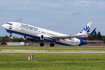 TC-SNV - SunExpress Boeing 737-800