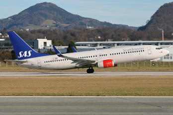 LN-RGC - SAS - Scandinavian Airlines Boeing 737-800