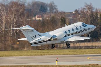 SP-TAT - Private Beechcraft 400A Beechjet