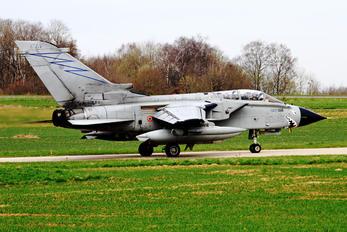 MM7068 - Italy - Air Force Panavia Tornado - ECR