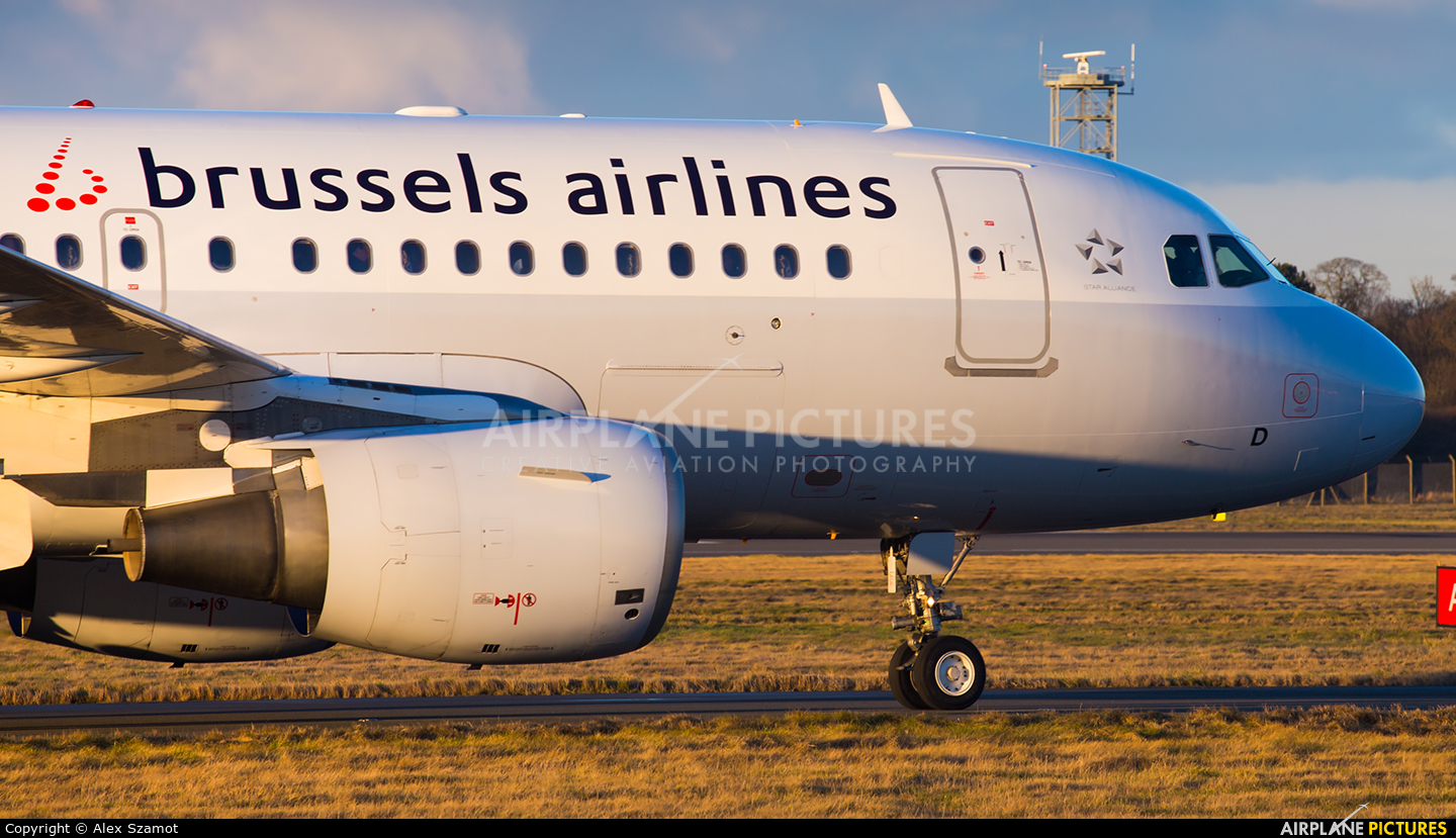 Brussels Airlines OO-SSD aircraft at Edinburgh