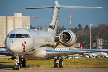 A6-ACE - Private Bombardier BD-700 Global 5000