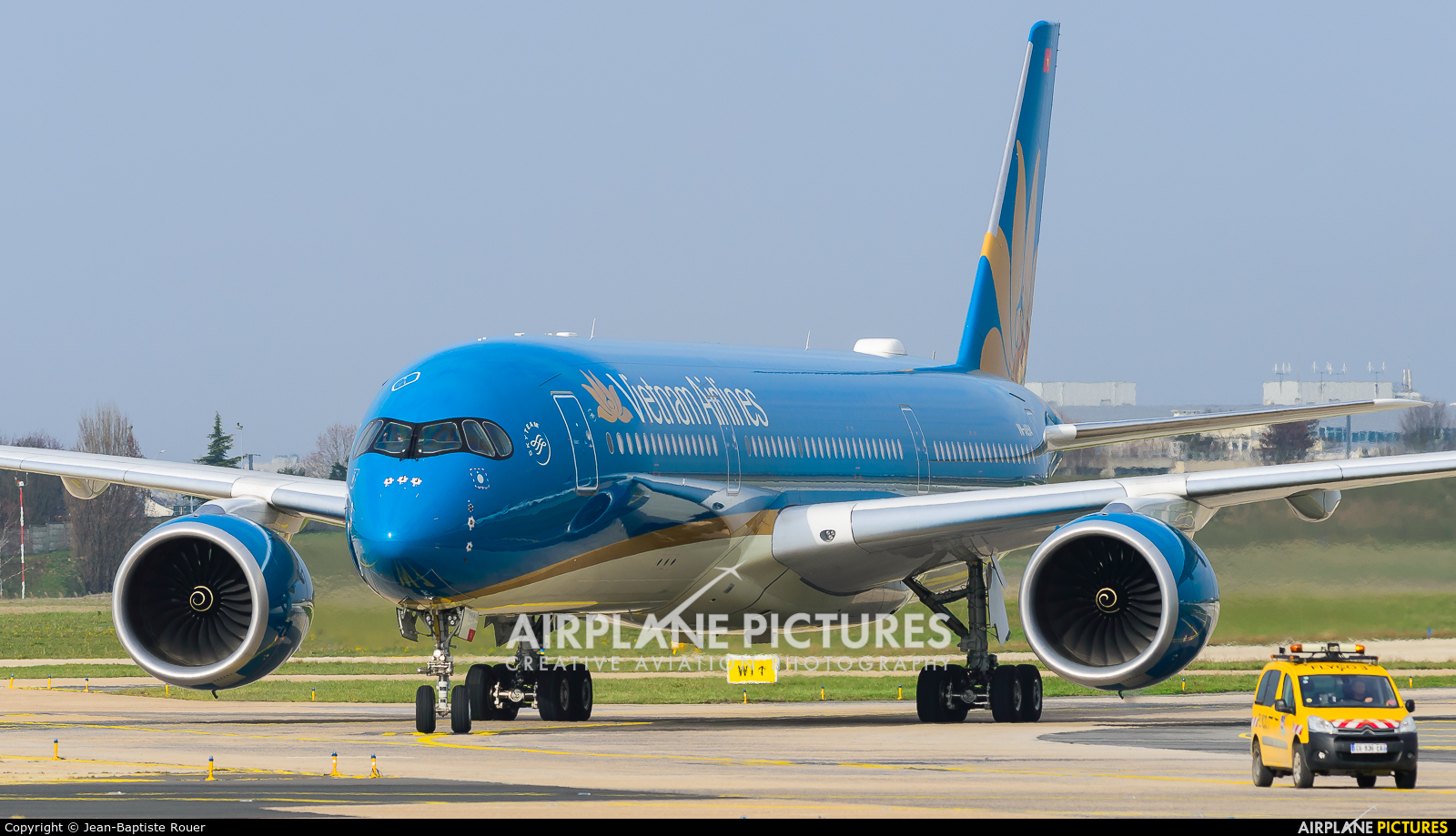 Vietnam Airlines VN-A894 aircraft at Paris - Orly
