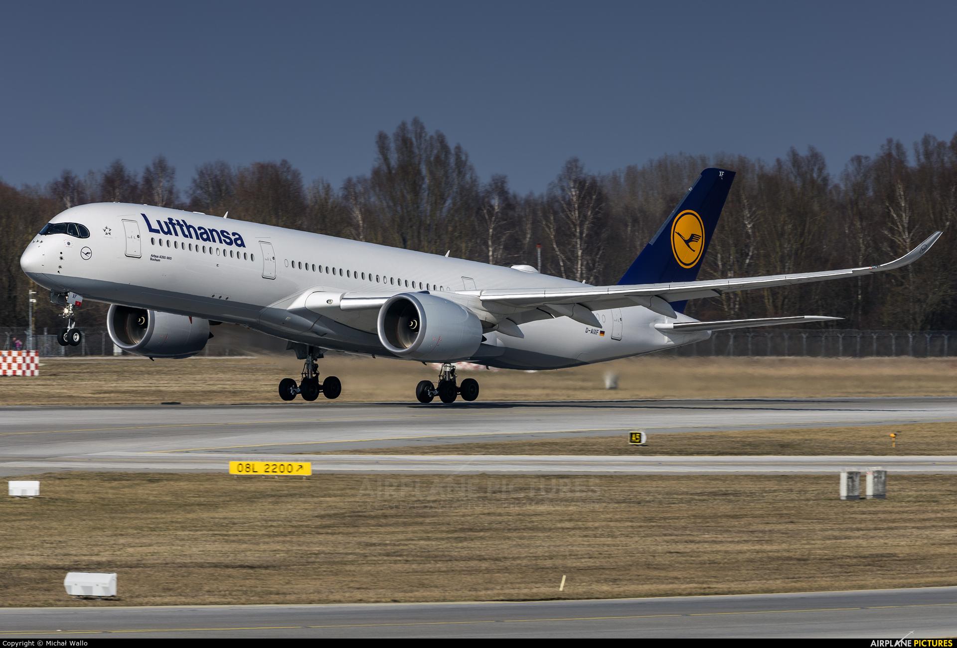 Lufthansa D-AIXF aircraft at Munich