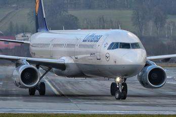 D-AIDW - Lufthansa Airbus A321