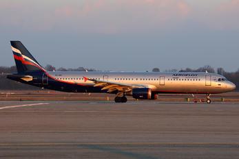 VQ-BEI - Aeroflot Airbus A321