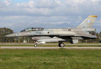 029 - Greece - Hellenic Air Force Lockheed Martin F-16DJ Fighting Falcon