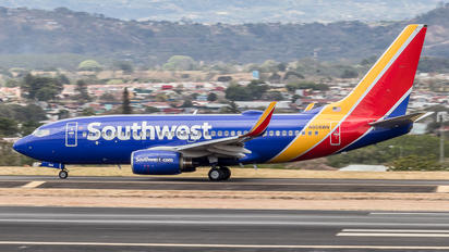 N908WN - Southwest Airlines Boeing 737-700