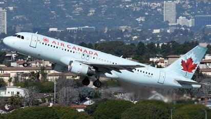 C-FKPT - Air Canada Airbus A320