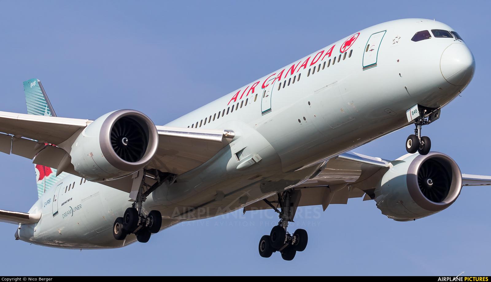 Air Canada C-FRSI aircraft at Frankfurt