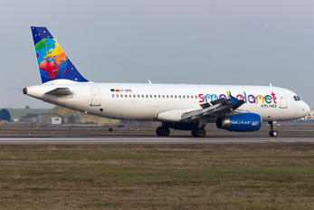 LY-SPD - Small Planet Airlines Airbus A320