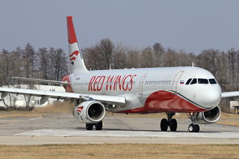 VP-BRM - Red Wings Airbus A321