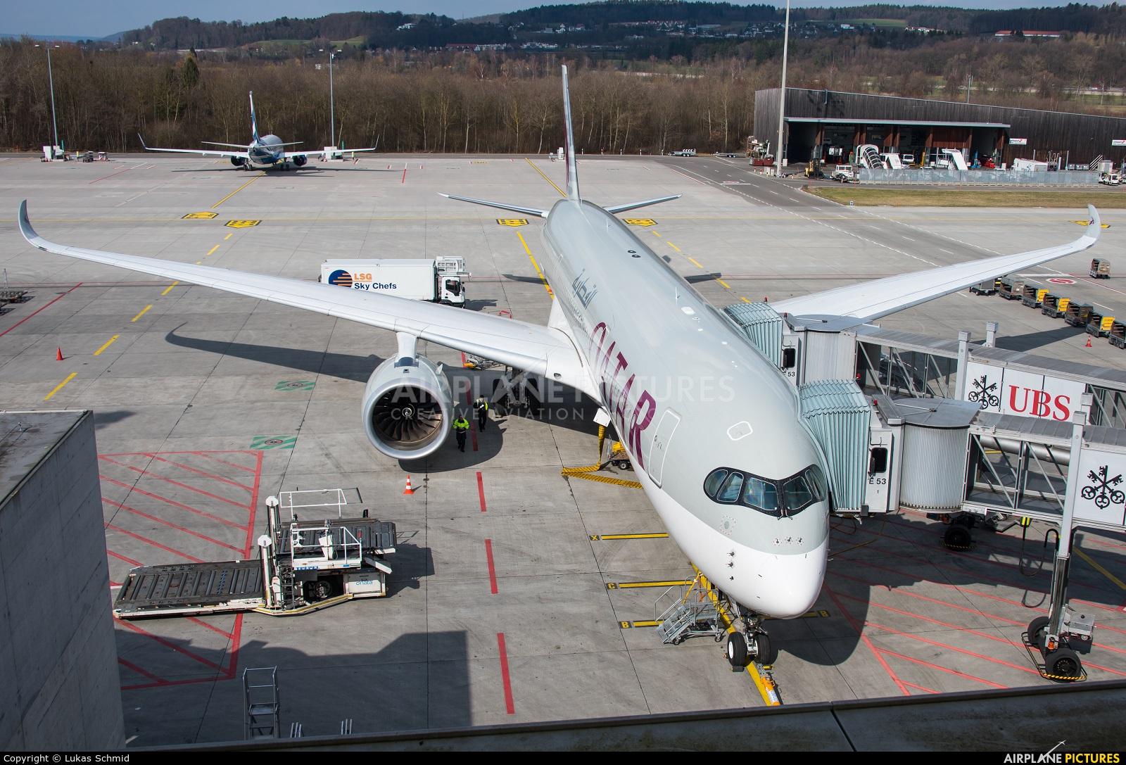 Qatar Airways A7-ALC aircraft at Zurich