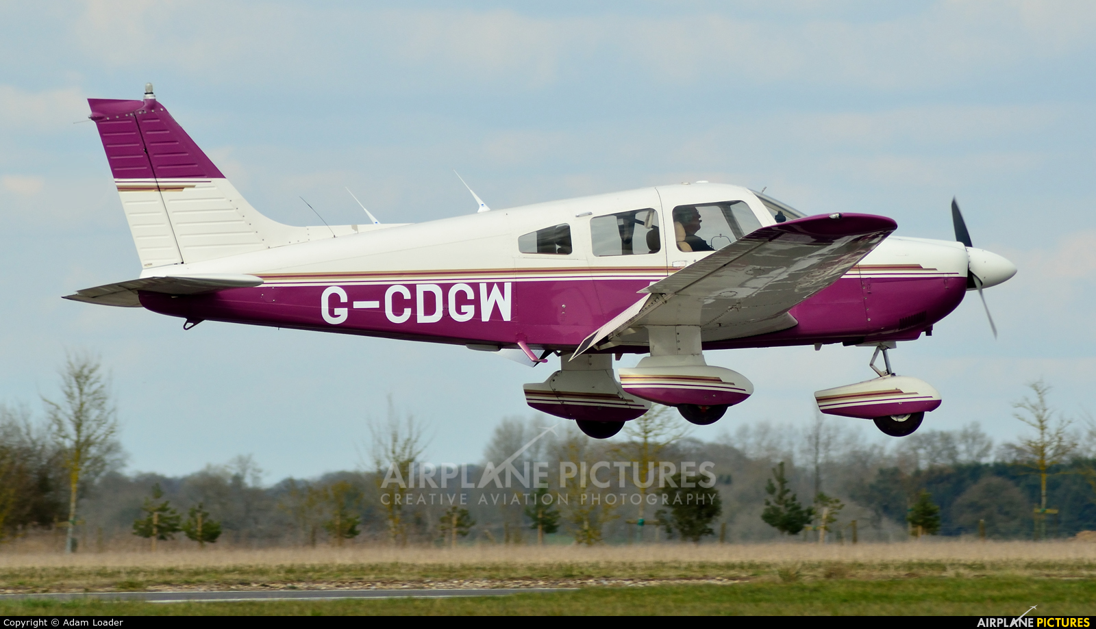 Private G-CDGW aircraft at Turweston