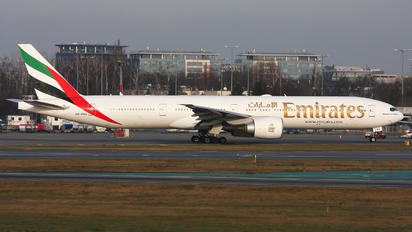 A6-ENG - Emirates Airlines Boeing 777-300ER