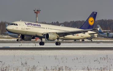D-AIQU - Lufthansa Airbus A320
