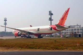 VT-ALU - Air India Boeing 777-300ER