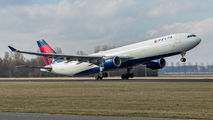 N814NW - Delta Air Lines Airbus A330-300 aircraft