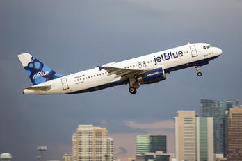 N562JB - JetBlue Airways Airbus A320
