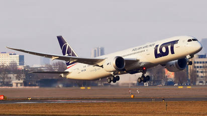 SP-LSA - LOT - Polish Airlines Boeing 787-9 Dreamliner