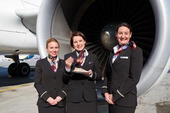 HB-JLT - - Aviation Glamour - Aviation Glamour - Flight Attendant