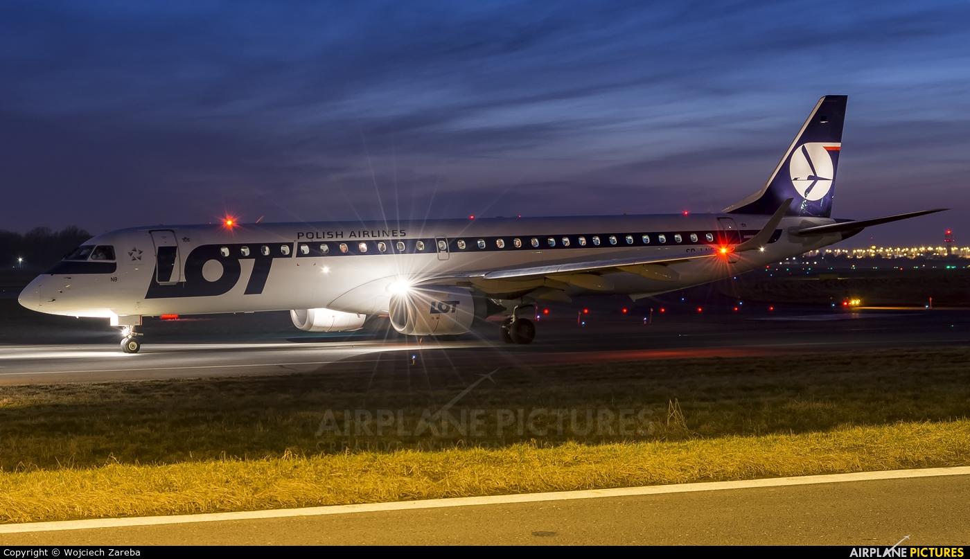 LOT - Polish Airlines SP-LNB aircraft at Warsaw - Frederic Chopin