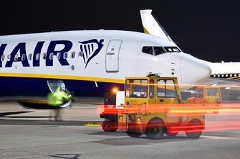 EI-FOD - Ryanair Boeing 737-800
