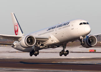 JA867J - JAL - Japan Airlines Boeing 787-9 Dreamliner