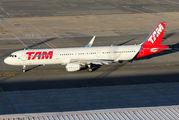 PT-XPQ - TAM Airbus A321 aircraft