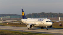 D-AIZP - Lufthansa Airbus A320 aircraft