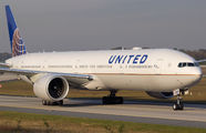N2135U - United Airlines Boeing 777-300ER aircraft