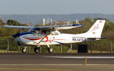 HK-4418-G - Private Cessna 172 Skyhawk (all models except RG)