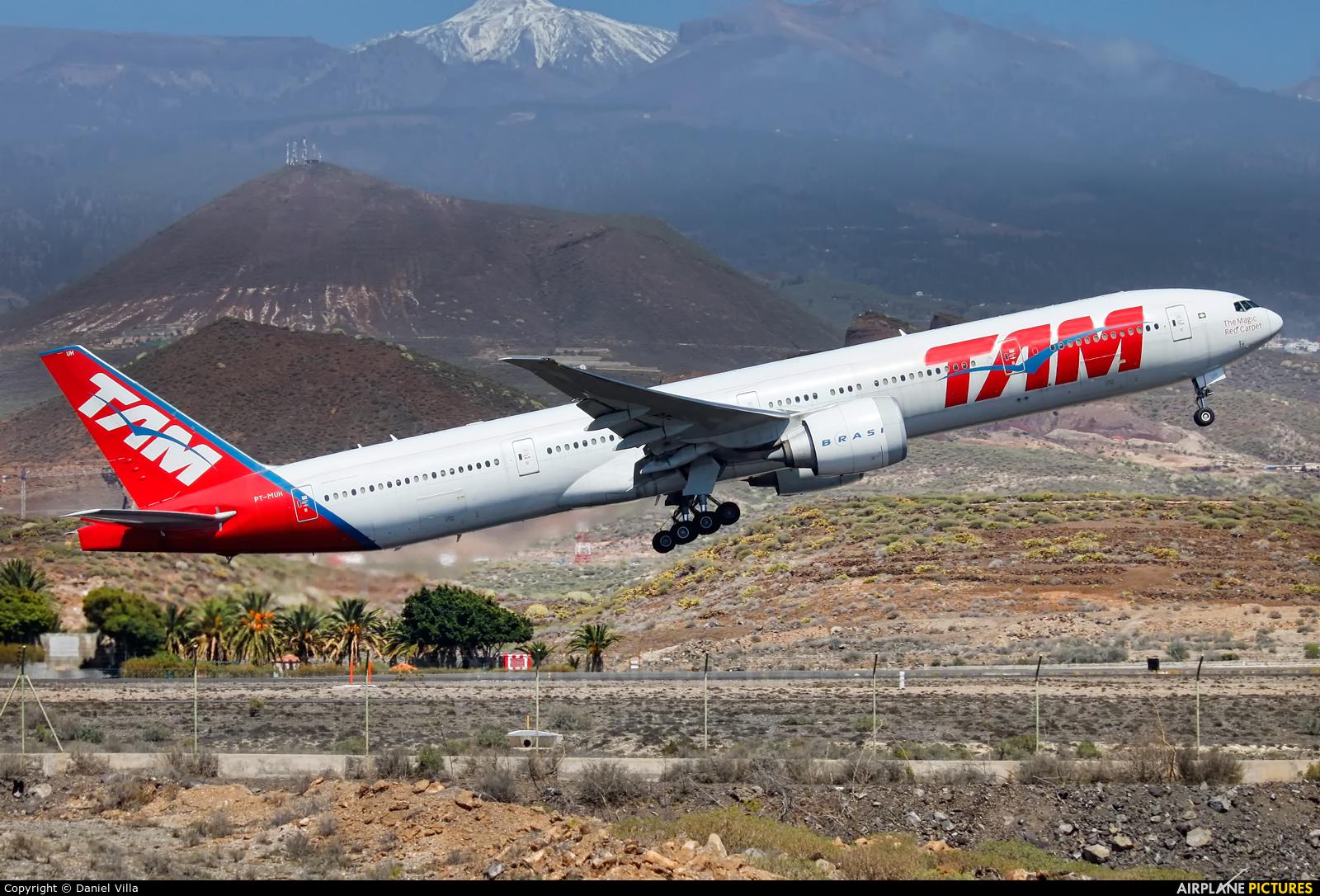 TAM PT-MUH aircraft at Tenerife Sur - Reina Sofia