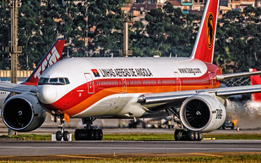 D2-TED - TAAG - Angola Airlines Boeing 777-200ER