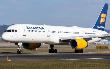 TF-FIC - Icelandair Boeing 757-200