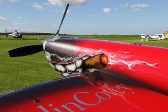 G-IIHI - Aeroklub Warszawski Extra 330SC