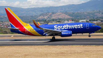 N560WN - Southwest Airlines Boeing 737-700