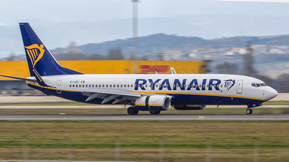 EI-GDH - Ryanair Boeing 737-8AS