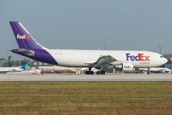N745FD - FedEx Federal Express Airbus A300F