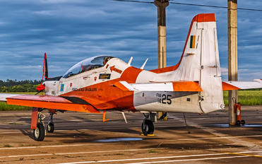 1425 - Brazil - Air Force Embraer EMB-312 Tucano T-27